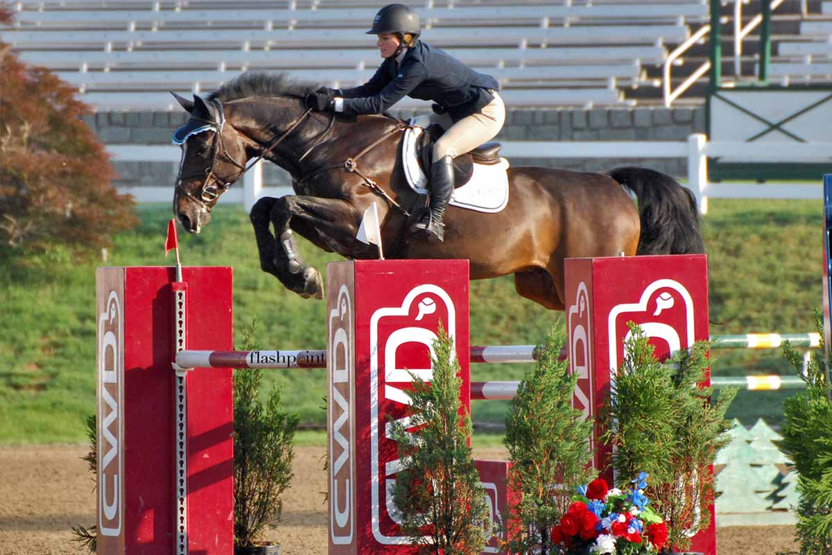 Show-Jumping-In-The-USA